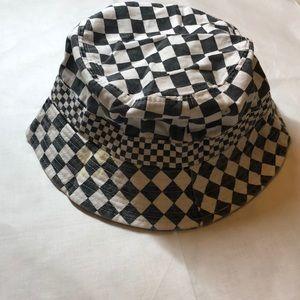 Cotton On Accessories - Checkered bucket hat